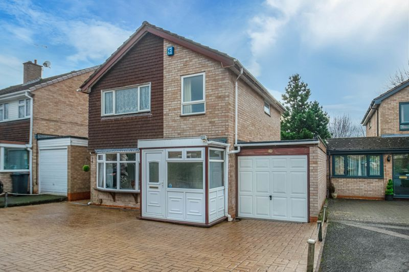 4 bed house for sale in Bodenham Close 1