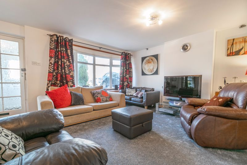 4 bed house for sale in Bodenham Close  - Property Image 4