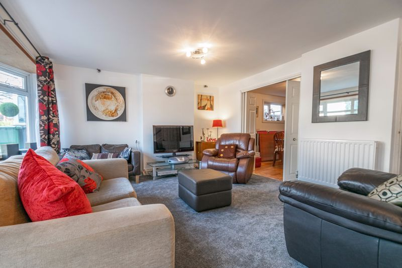 4 bed house for sale in Bodenham Close  - Property Image 5