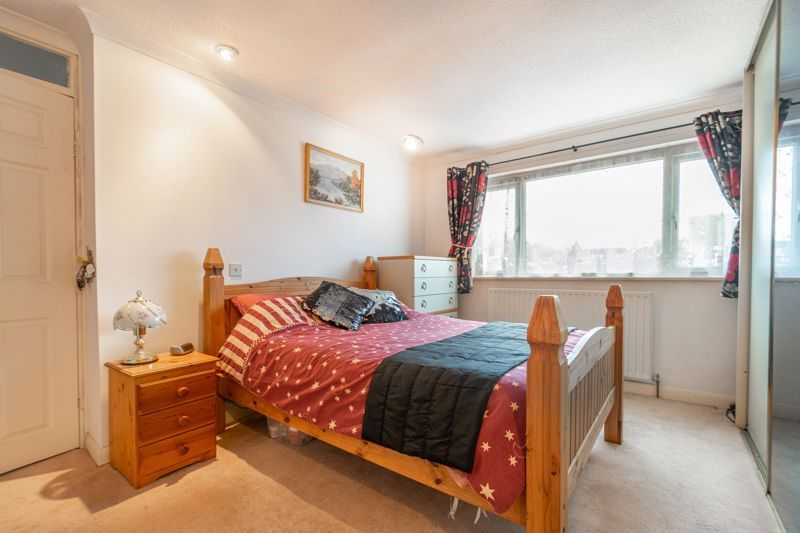 4 bed house for sale in Bodenham Close  - Property Image 10
