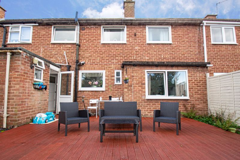 2 bed house for sale in Catherine Close 11