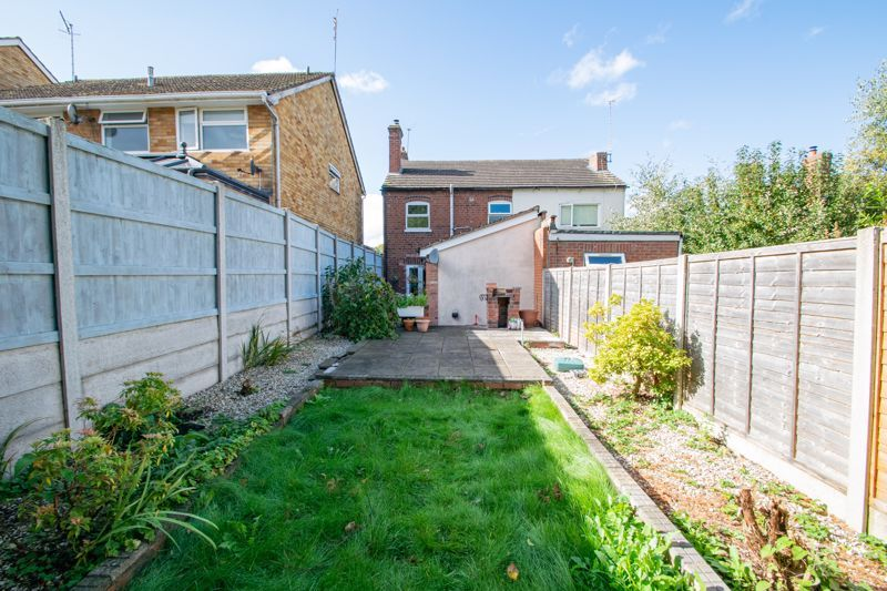 2 bed house for sale in Swan Street 13