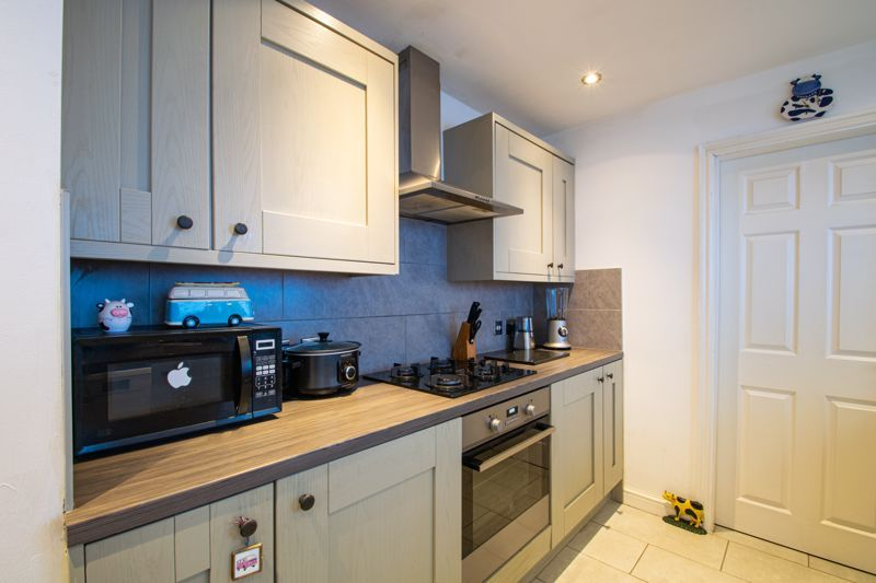 2 bed house for sale in Swan Street 14