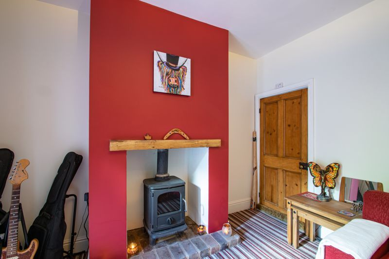 2 bed house for sale in Swan Street 16