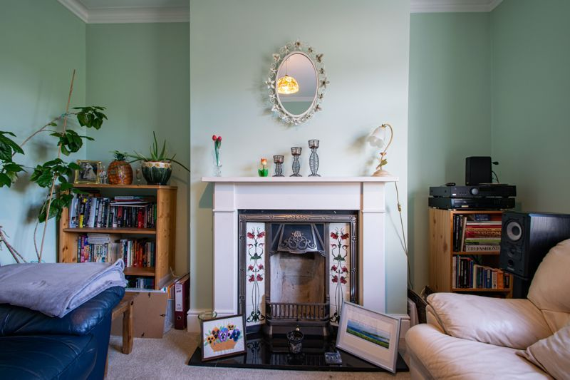 2 bed house for sale in Swan Street 3