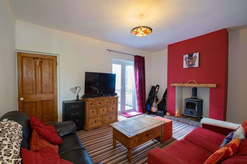 2 bed house for sale in Swan Street  - Property Image 4