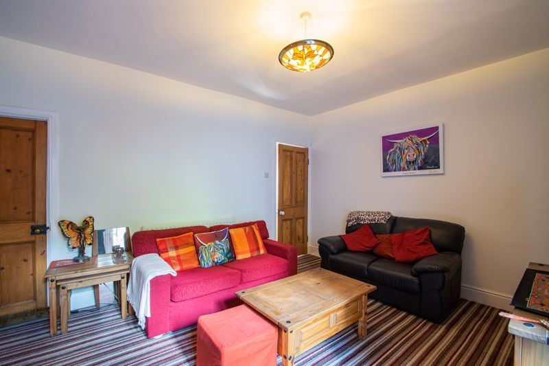 2 bed house for sale in Swan Street 5
