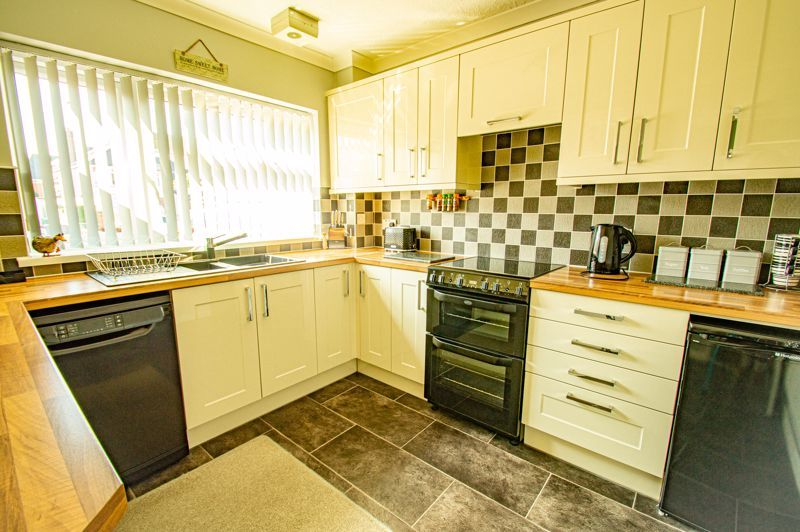 3 bed house for sale in Providence Road  - Property Image 5