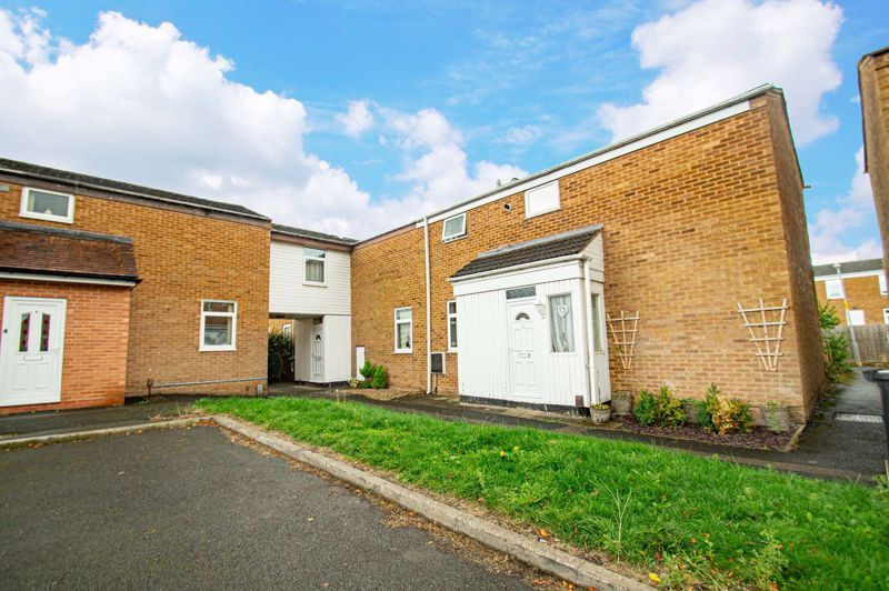 2 bed house for sale in Drayton Close 1
