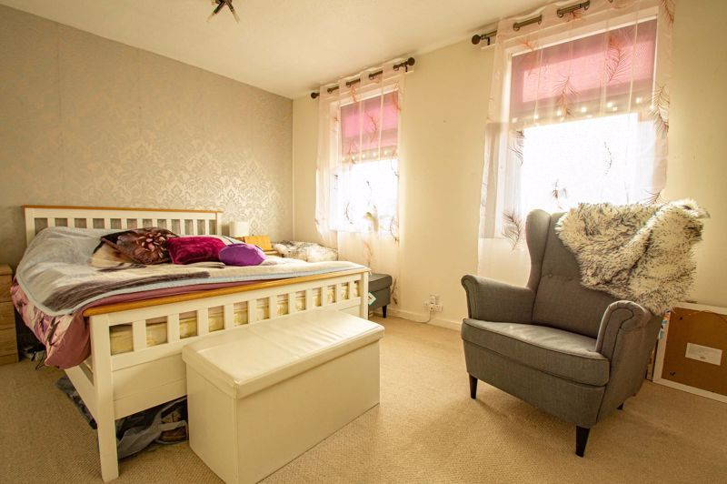 2 bed house for sale in Drayton Close 9