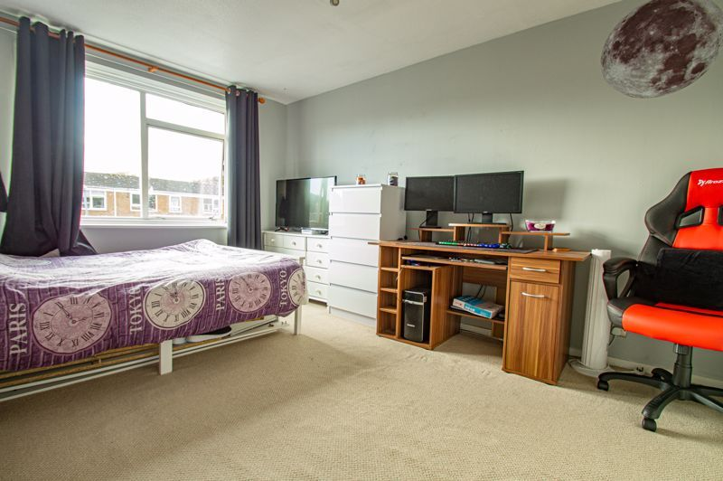 2 bed house for sale in Drayton Close 10