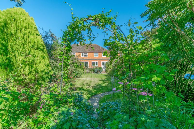 5 bed house for sale in Forge Mill Road 16