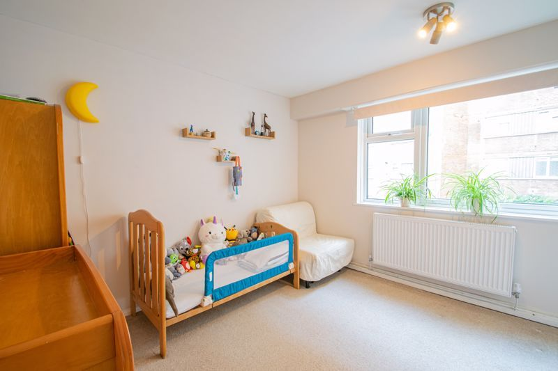 2 bed flat for sale in Melville Road  - Property Image 10