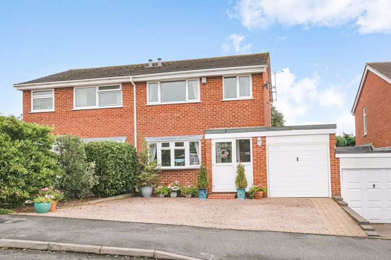 3 bed house for sale in Byland Close - Property Image 1