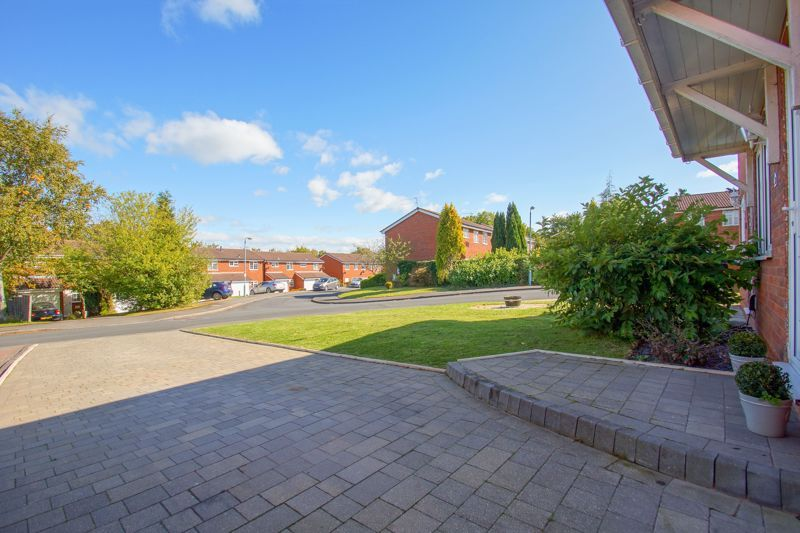 2 bed house for sale in Stoneleigh Close 14