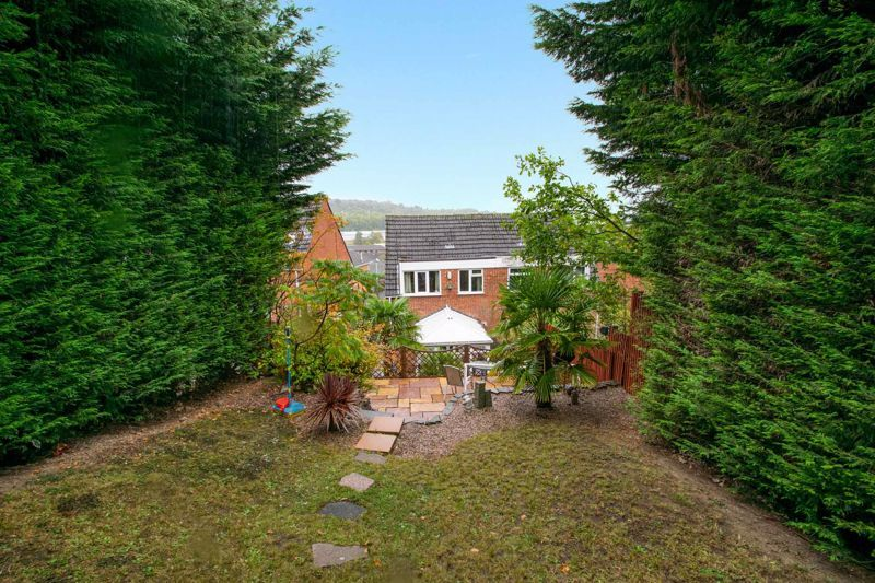3 bed house for sale in Long Innage 13