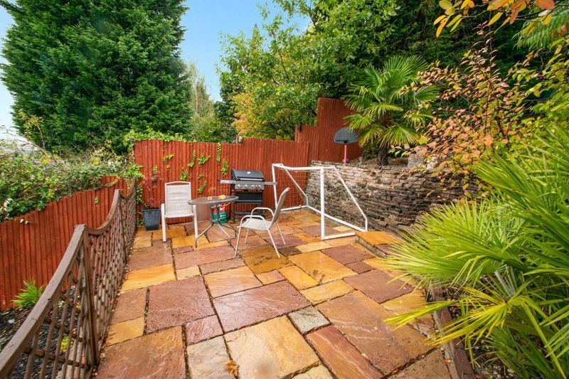 3 bed house for sale in Long Innage 18