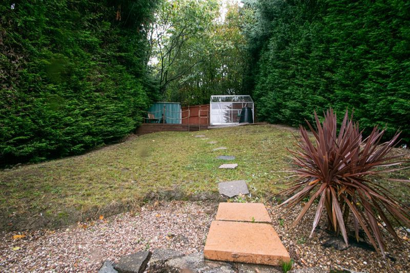 3 bed house for sale in Long Innage 19