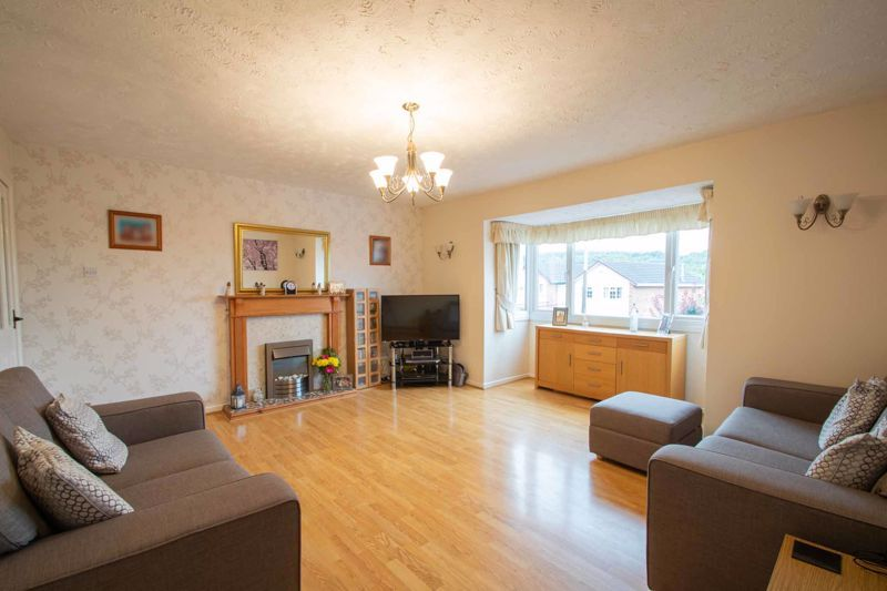 3 bed house for sale in Long Innage 3