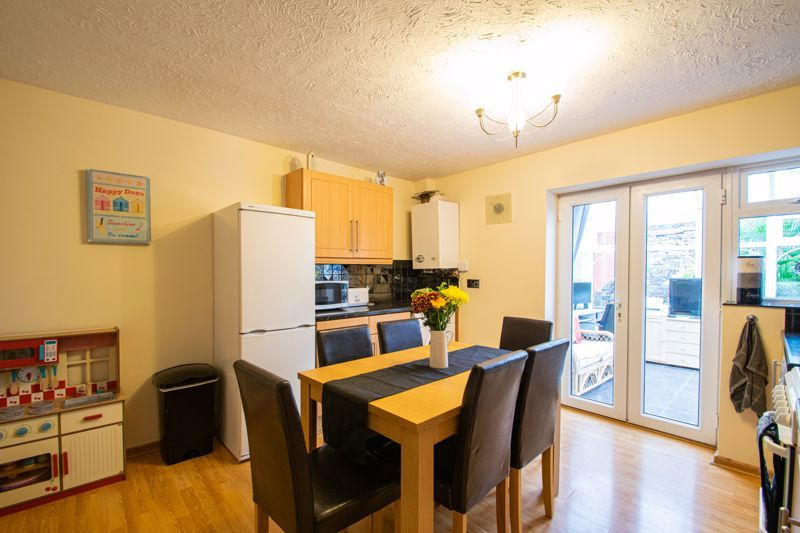 3 bed house for sale in Long Innage 4