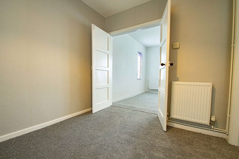 3 bed house for sale in Lilac Close 5