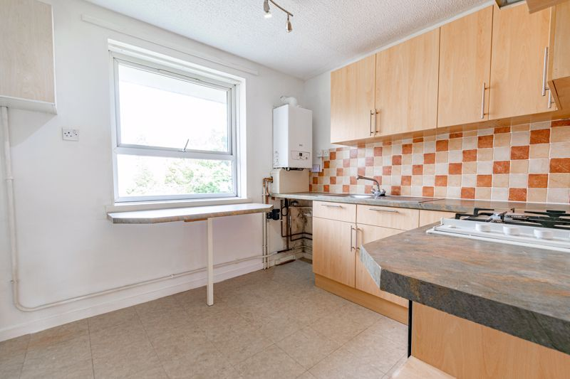 1 bed flat for sale in Burcot Lane 4