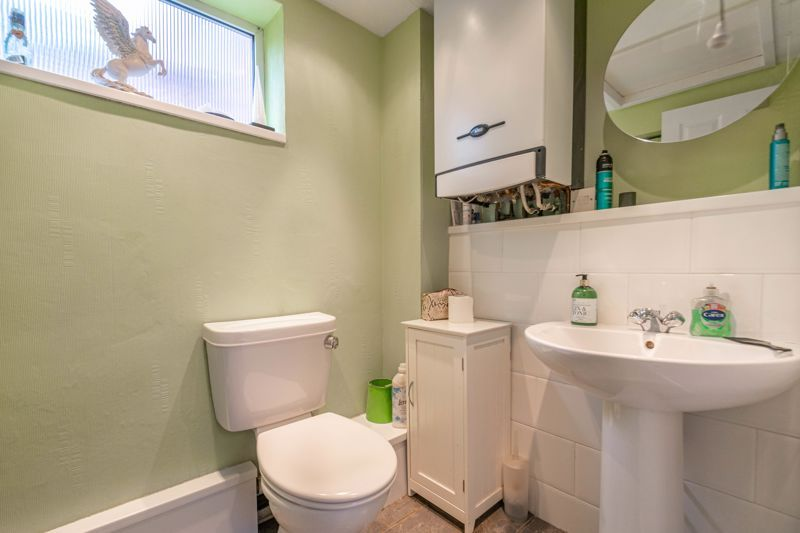 3 bed house for sale in Greenlands Avenue 14