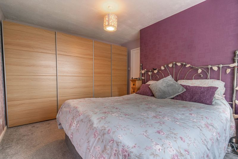 3 bed house for sale in Greenlands Avenue 8