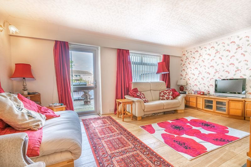 3 bed house for sale in Wirehill Drive 6