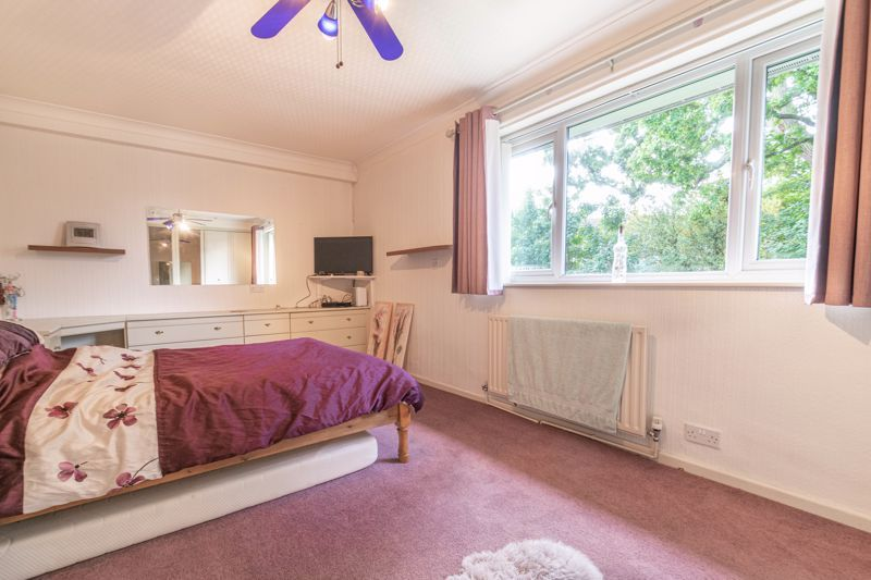 3 bed house for sale in Wirehill Drive 7