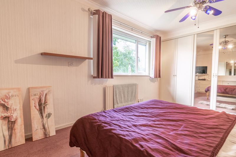 3 bed house for sale in Wirehill Drive 8