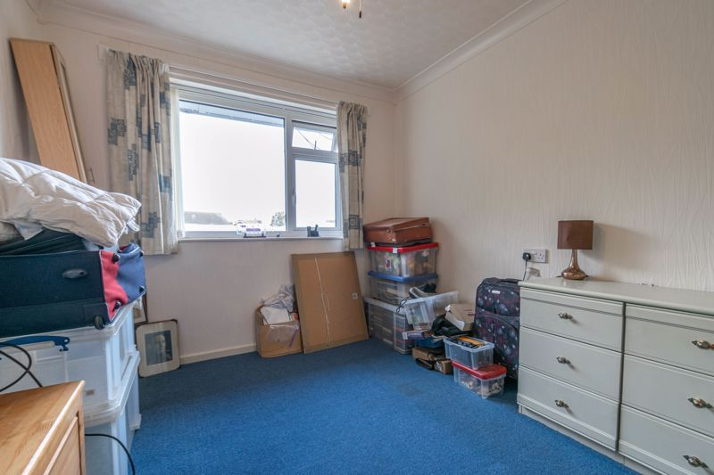 3 bed house for sale in Wirehill Drive 9