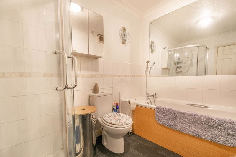3 bed house for sale in Wirehill Drive 10