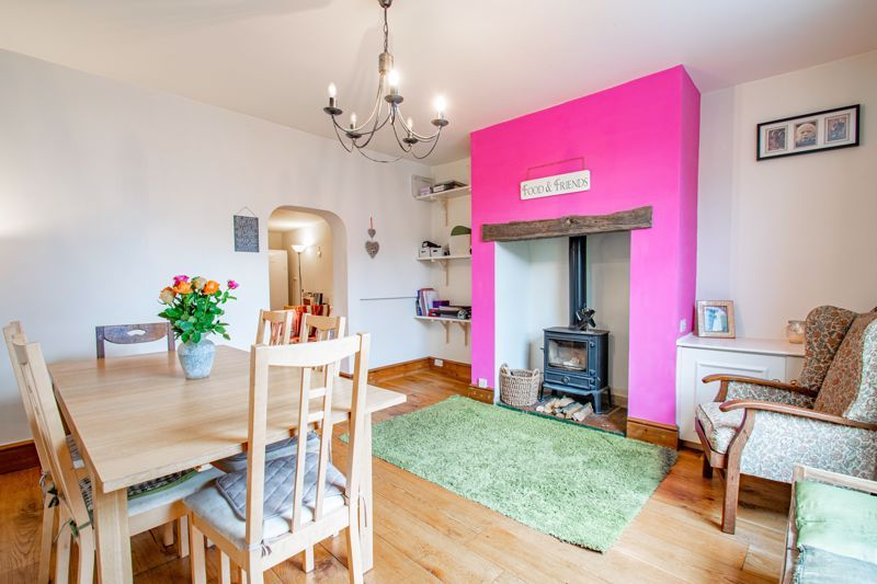 6 bed house for sale in Worcester Road  - Property Image 5