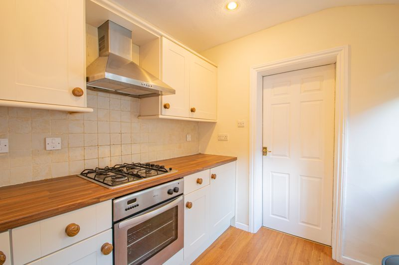 2 bed house for sale in Brook Street 8