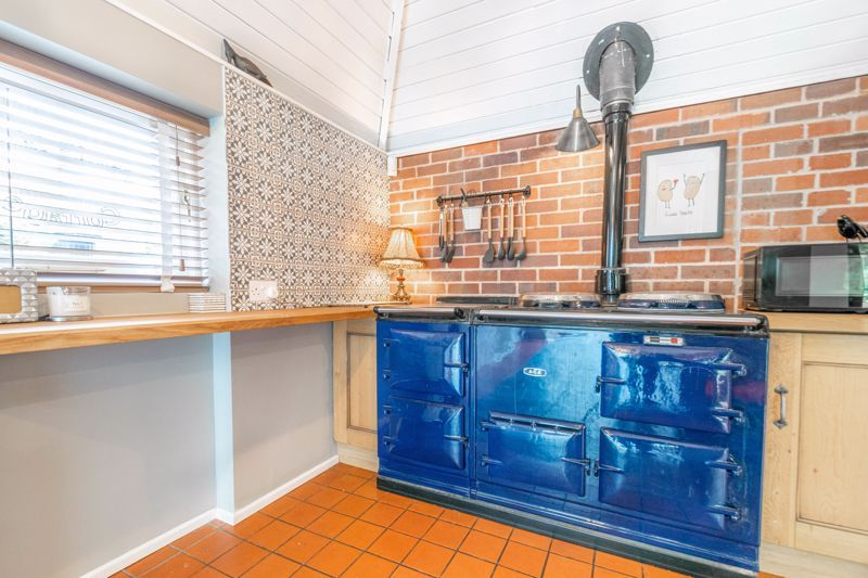 3 bed house for sale in Needle Mill Lane 4