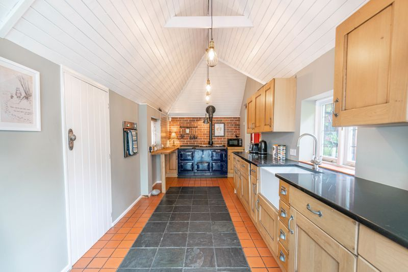 3 bed house for sale in Needle Mill Lane 8
