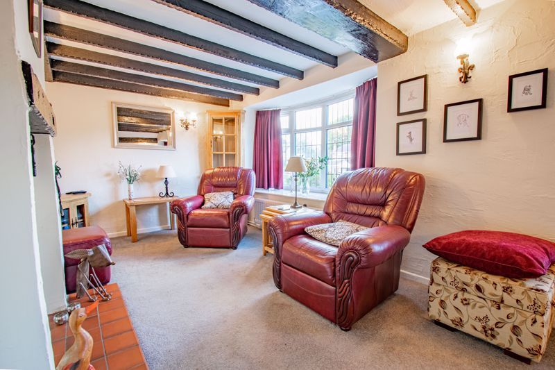 3 bed cottage for sale in Fairfield Road  - Property Image 3