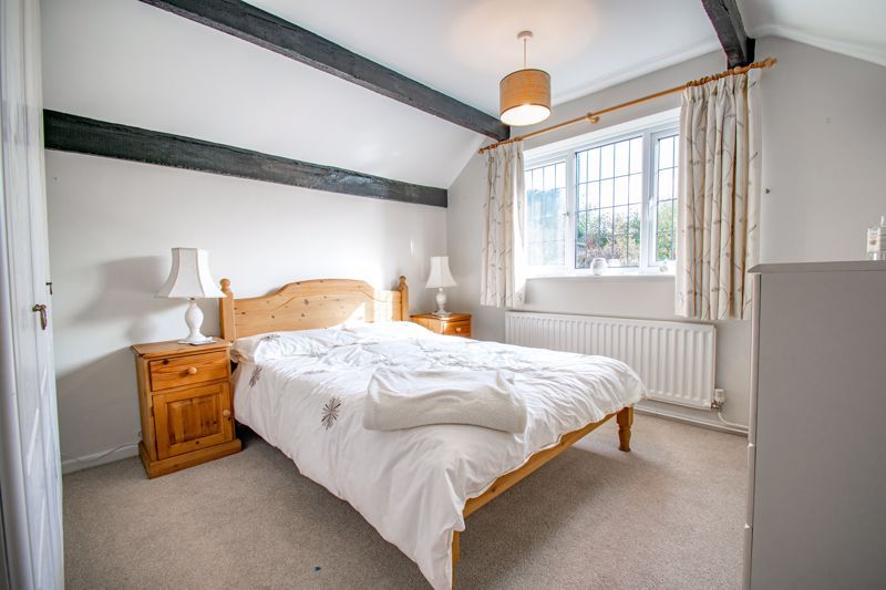 3 bed cottage for sale in Fairfield Road 8