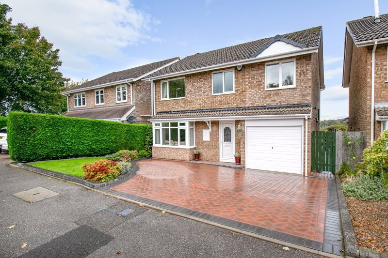 4 bed house for sale in Cumbrian Croft  - Property Image 1