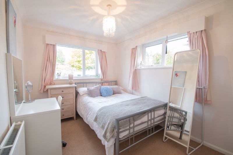 5 bed house for sale in Longlands Road 11