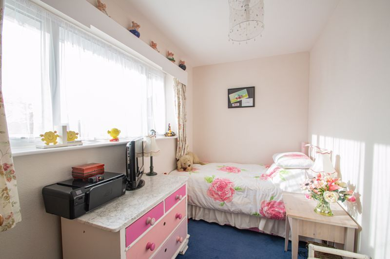 5 bed house for sale in Longlands Road 10