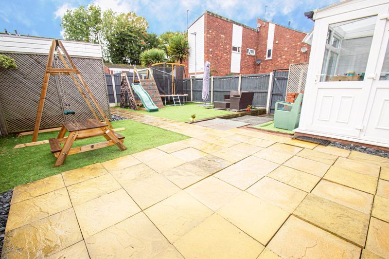 3 bed house for sale in Pembridge Close  - Property Image 13