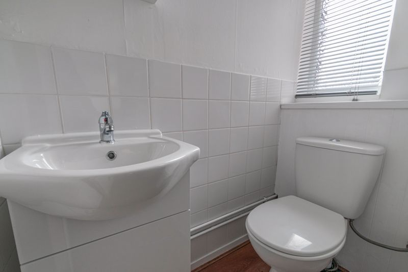 3 bed house for sale in Fulbrook Close 11
