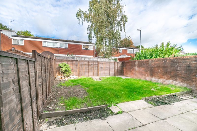 3 bed house for sale in Fulbrook Close 12