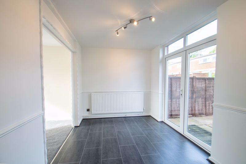 3 bed house for sale in Fulbrook Close  - Property Image 4