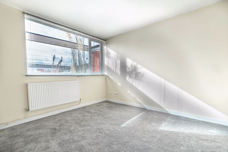 3 bed house for sale in Fulbrook Close  - Property Image 5