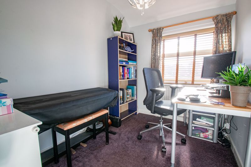 3 bed house for sale in Littleheath Lane 11