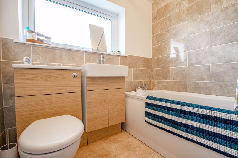 3 bed house for sale in Littleheath Lane 12