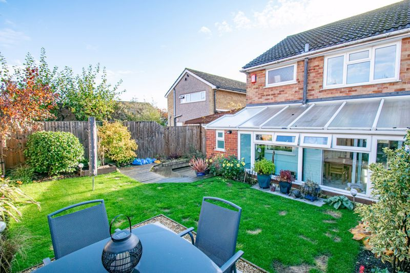 3 bed house for sale in Littleheath Lane 14